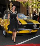 th_61661_Laura_Harring_2009-03-31_-_Rally_for_Kids_with_Cancer_press_conference_in_Glendale_122_539lo.jpg